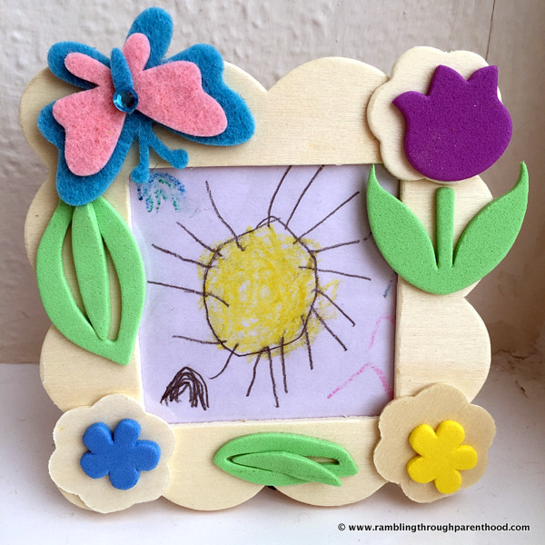 Spring-themed Changing Picture Frame