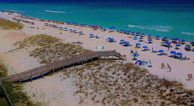 White Sand and Clear Water at Pensacola Beach Fl