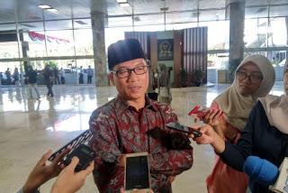 Ketua Komisi Agama DPR: Pelarangan Cadar Gaduh dan Dangkal