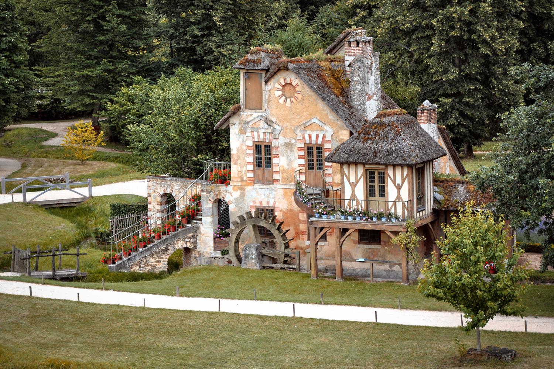 a distant photo of Marie Antoinette's farmhouse