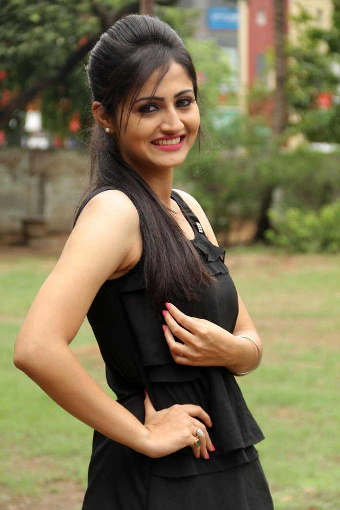 Sonal Singh Stills In Black Dress At Koothan Tamil Movie Shooting Spot