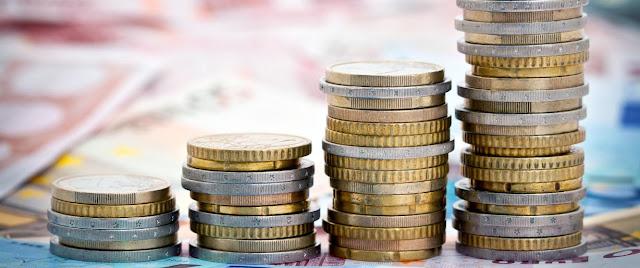 Impuestos reales y personales y dinero