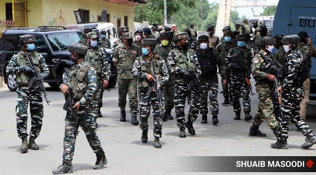 Militant attack in Soopre one CRPF personel killed