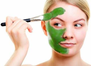 cerahkan wajah dengan masker alami