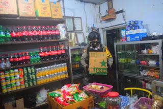 Polisi Sita Ratusan Botol Miras di Mataram