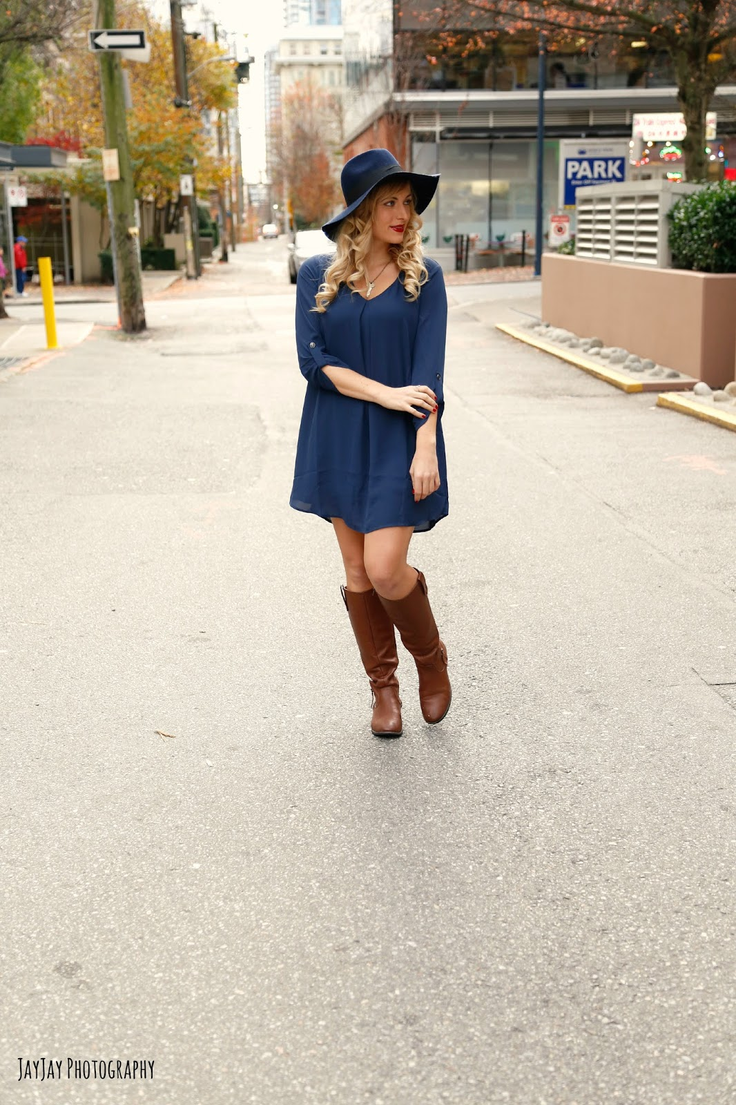 fall-outfit-lush-karly-shift-dress