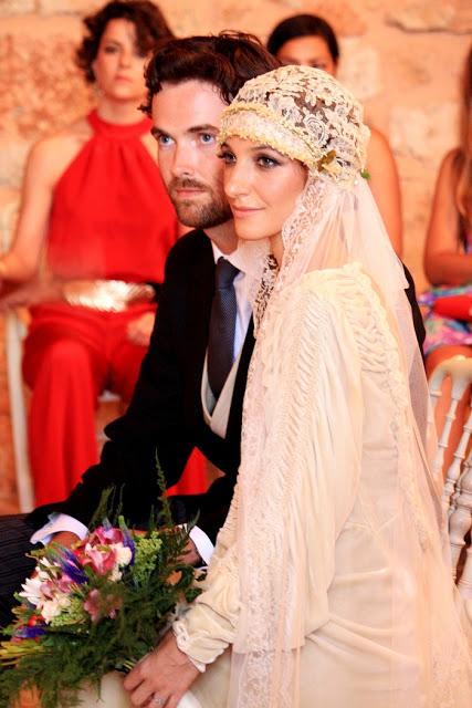 8ce4e94c5 Ella nos recuerda un poco a Laura Ponte el día de su boda… ¡Tiene unos ojos  preciosos!