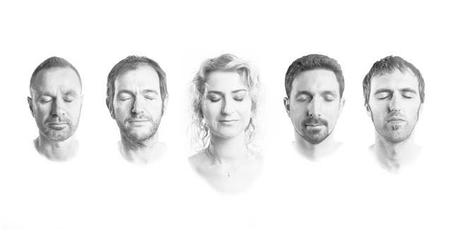 """""""Daylight Beauty"""" se révèle au final un album brillant, harmonieux et aérien."""