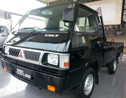Mobil Mitsubishi L300 Tulungagung