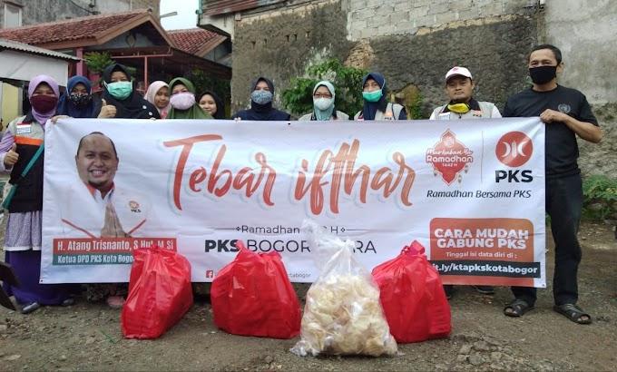 PKS Kota Bogor Tebar Puluhan Ribu Paket Makanan Berbuka
