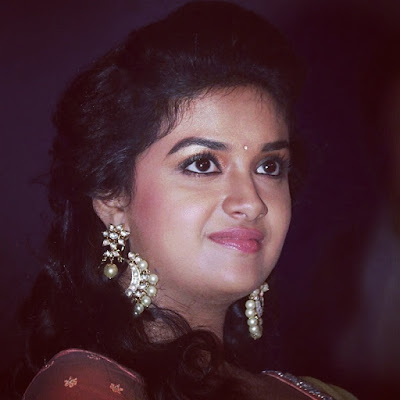 Keerthy Suresh Received the Award for most popular heroine of the year.