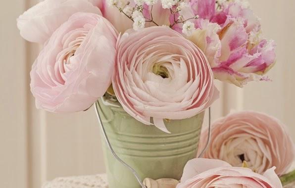 Vase Of Flowers Wallpaper