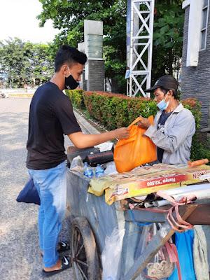 """Gabungan Pelajar di Kecamatan Setu Bekasi Bersatu Sebar """"Sembako Bahagia"""""""