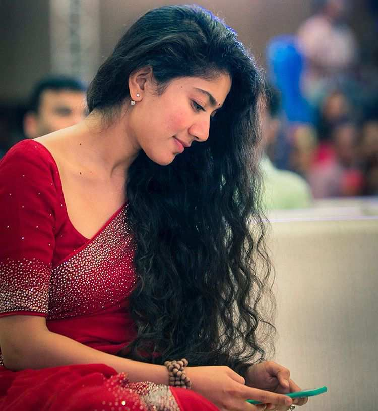 Sai Pallavi Red Color Saree Photos