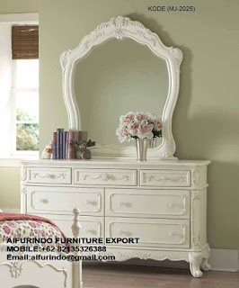 DRESSER WITH MIRROR CLASSIC FURNITURE,ANTIQUE MAHOGANY REPRODUCTION,WHITE FRENCH FURNITURE,CLASSIC GOLD AND SILVER LEAF FURNITURE,CODE  12