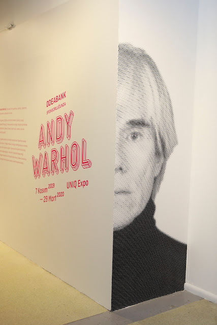 Andy Warhol Sergi