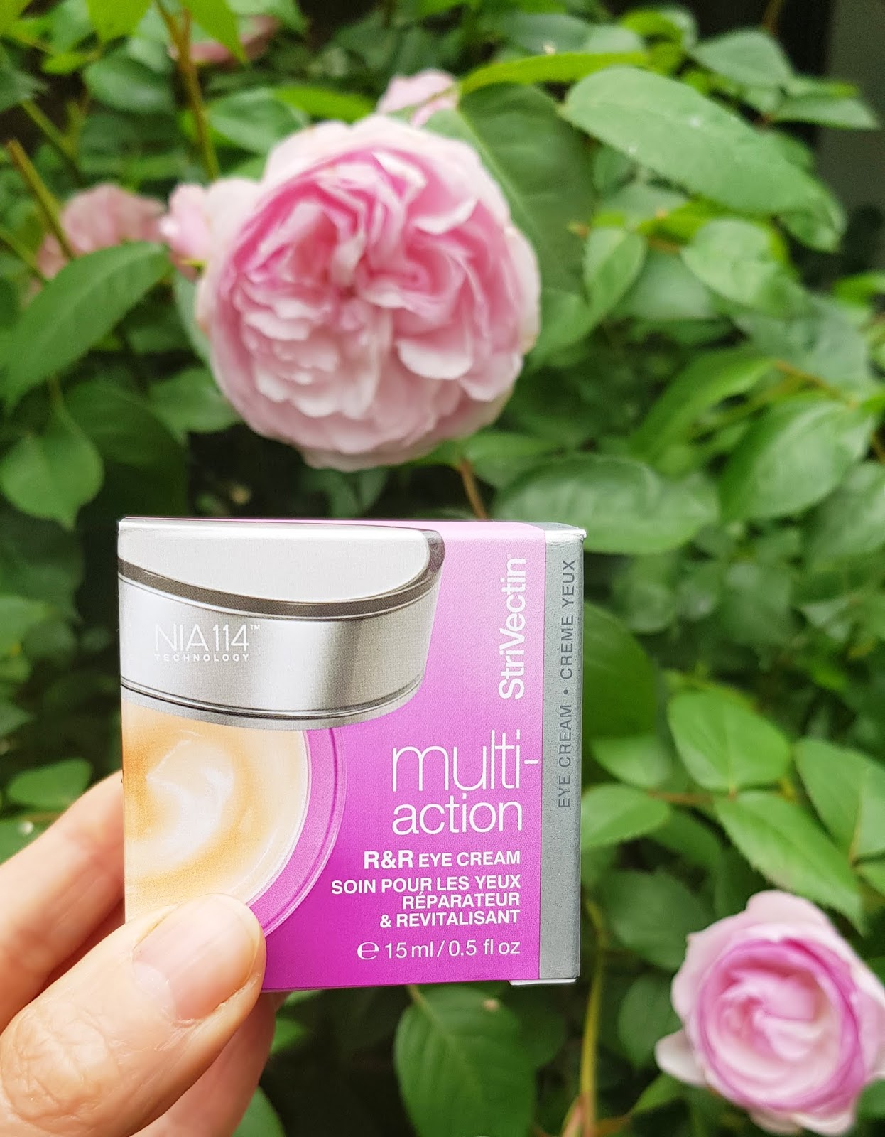 Clinical beauty brand Strivectin's new R&R eye cream photographed by Is This Mutton.com