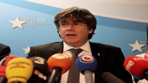 Fiscalía de Madrid rechaza impedir la candidatura de Puigdemont