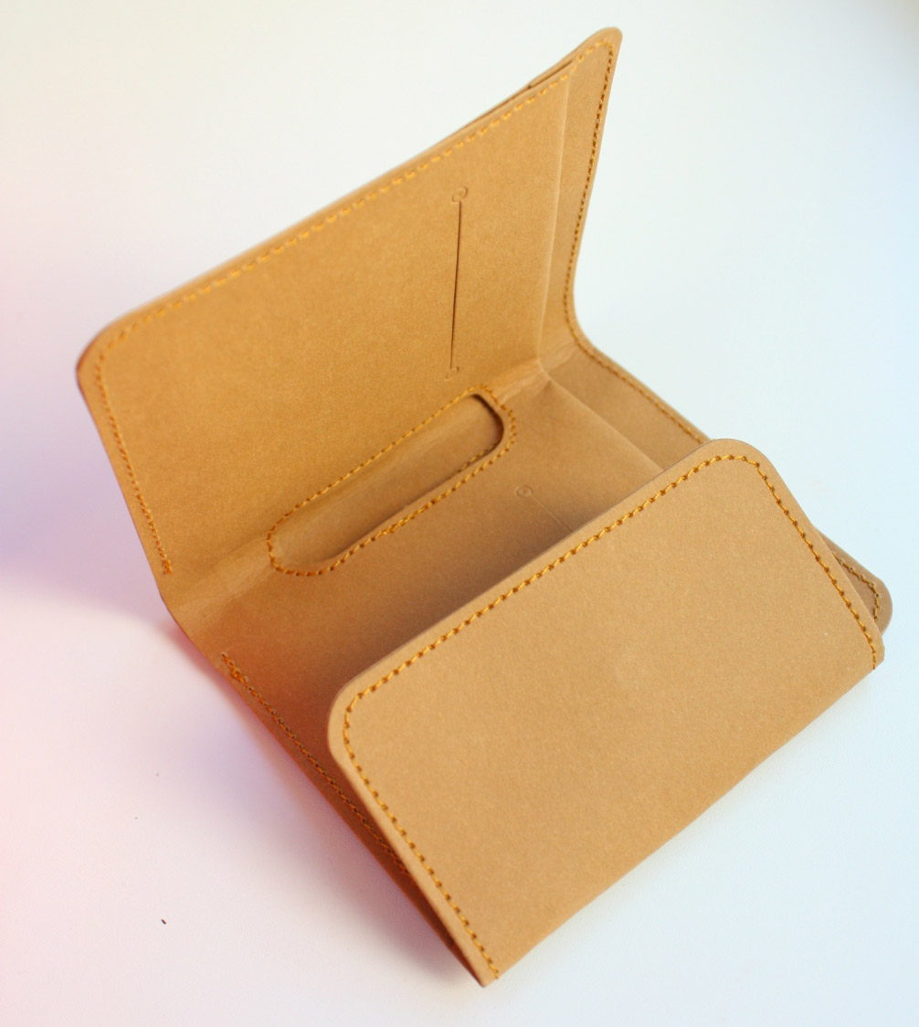Mens Washable Kraft Paper Wallet handmade. DIY Tutorial in Pictures.