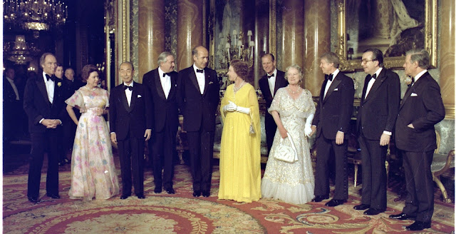 G7 delegates and members of the British royal family, in London, 13 May 1977