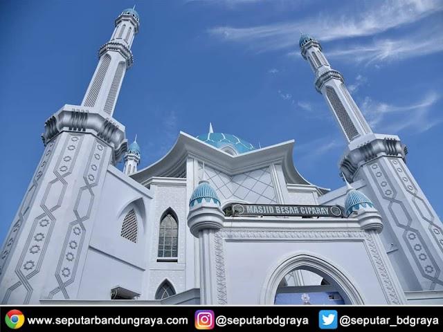 Selesai Direnovasi, Inilah Kemegahan Wajah Baru Masjid Besar Ciparay