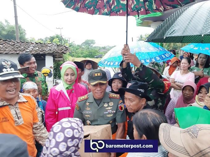 Dandim 0824 Dan Bupati Jember Turun Ke Daerah Terdampak Bencana Banjir