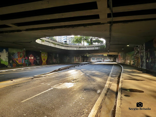 Vista interna do Túnel José Roberto Fanganiello Melhem - Consolação - São Paulo