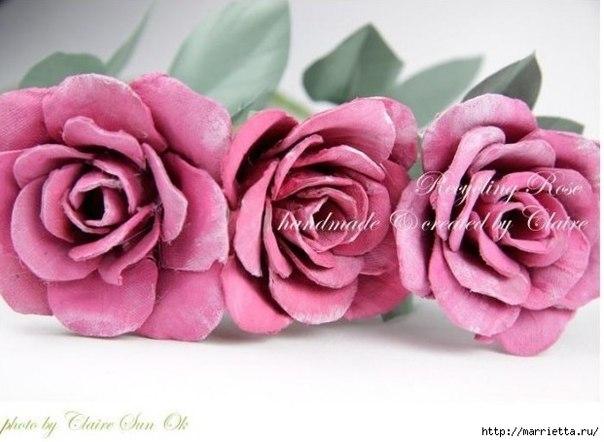 http://www.fabartdiy.com/diy-beautiful-upcycled-roses-from-egg-carton-box/