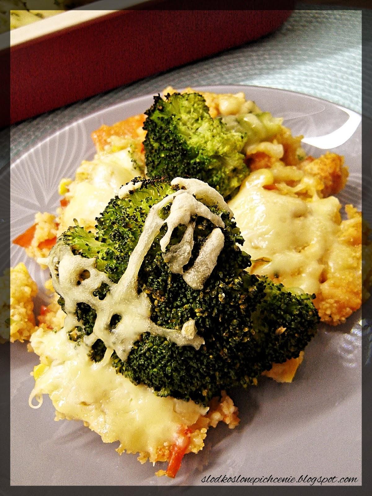 Zapiekanka z kurczakiem, kuskusem i warzywami