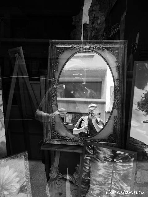 Autoportret înrãmat-blog-FOTO-IDEEA