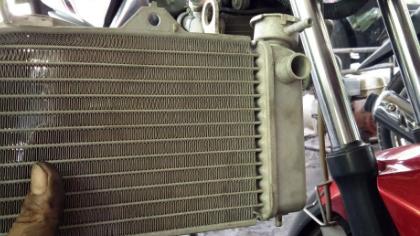 Penyebab dan Cara Menambal Radiator Motor Yang Bocor