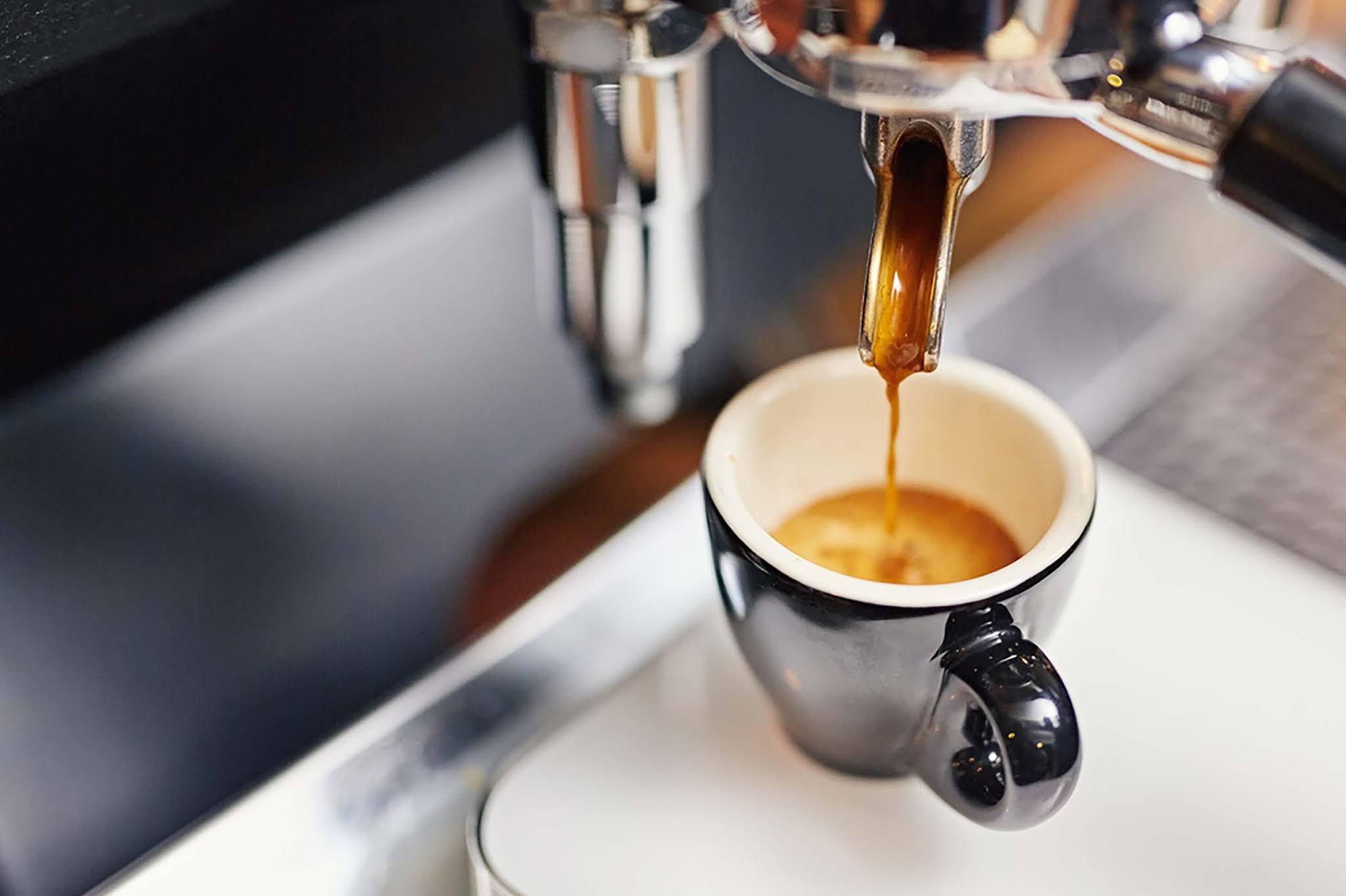 Corte (ou diminua) a cafeína