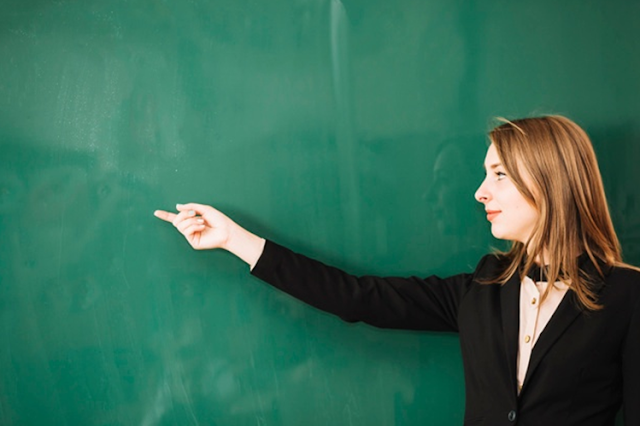 Cara Komunikasi dengan Siswa Agar Jadi Guru Favorit