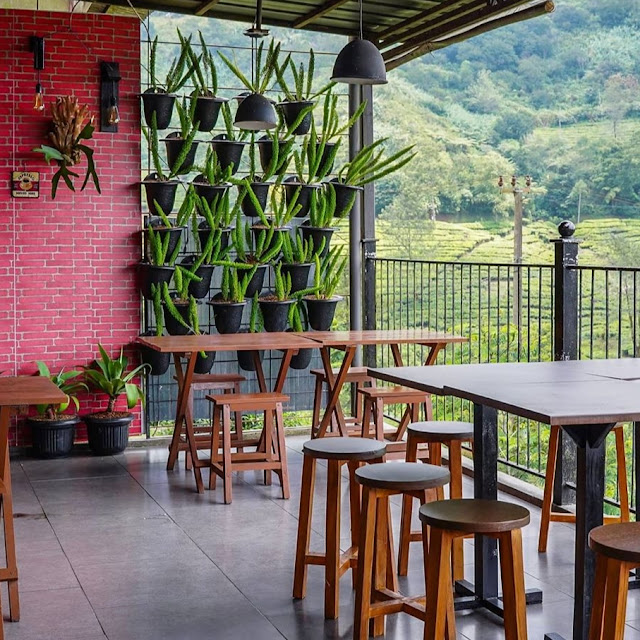 Dara Cafe Puncak Cisarua Bogor