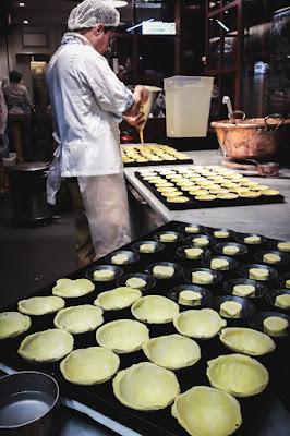 Préparation des pasteis de nata à Lisbonne