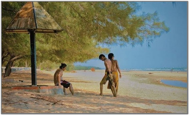 Pantai Lombang;10 Top Destinasi Wisata Sumenep;