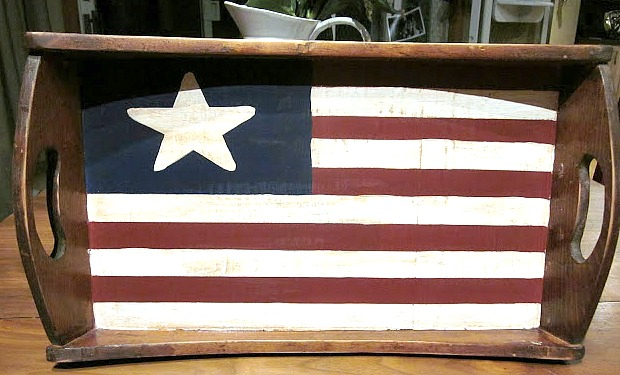 Wooden American Flag Tray