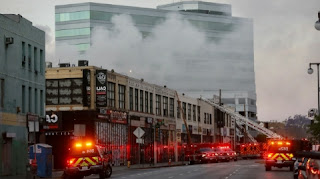 Explosions in the city in Los Angeles cause fires in many buildings