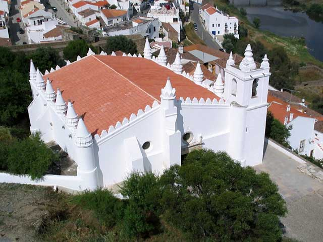 The Igreja Matriz is registered as a National Monument