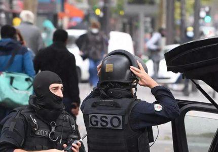 پیرس میں دو مسلمان خواتین پر تیز دھار آلے سے حملہپیرس میں دو مسلمان خواتین پر تیز دھار آلے سے حملہ
