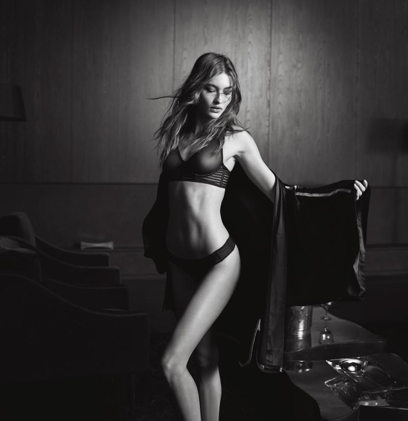 Grace Elizabeth poses in Victoria's Secret luxe lingerie mesh plunge bra