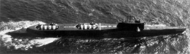 Submarino de rescate Lenok