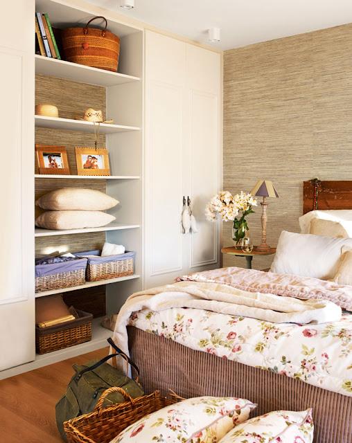 Decoração com azul marinho, casa de praia, casa confortável. Blog Achados de Decoração
