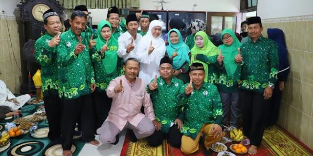 Silaturahmi ke KH Edris, Khofifah dapat dukungan para kiai NU Gresik di Pilgub Jatim