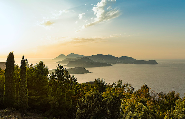 Island hopping in Italy - Sicily