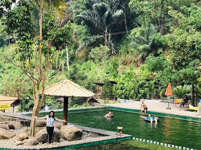 Wisata Taman Batu Purwakarta