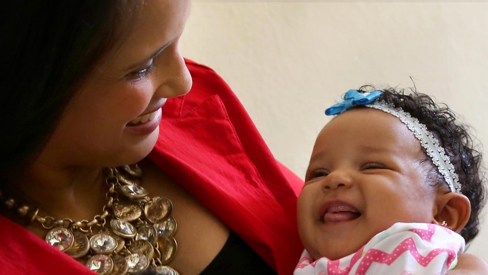 Danilo ratifica compromiso de apoyar a las madres dominicanas; las felicita en su día