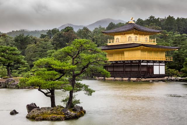 Kinkaku-ji en el Kyōko-chi :: Canon EOS5D MkIII | ISO400 | Canon 24-105@50mm | f/5.6 | 1/60s