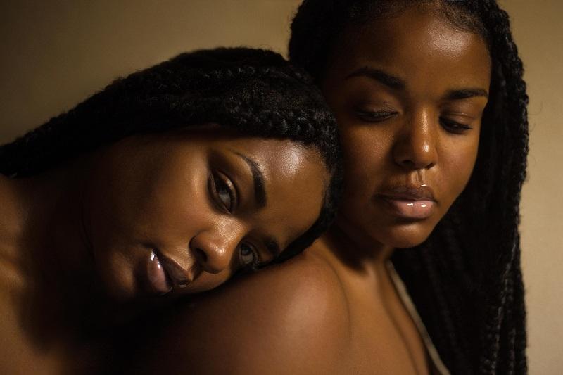 Femme Noire Grande Soeur