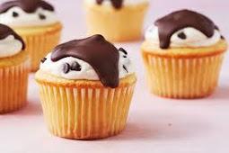 ★★★★★ | Cannoli Cupcakes